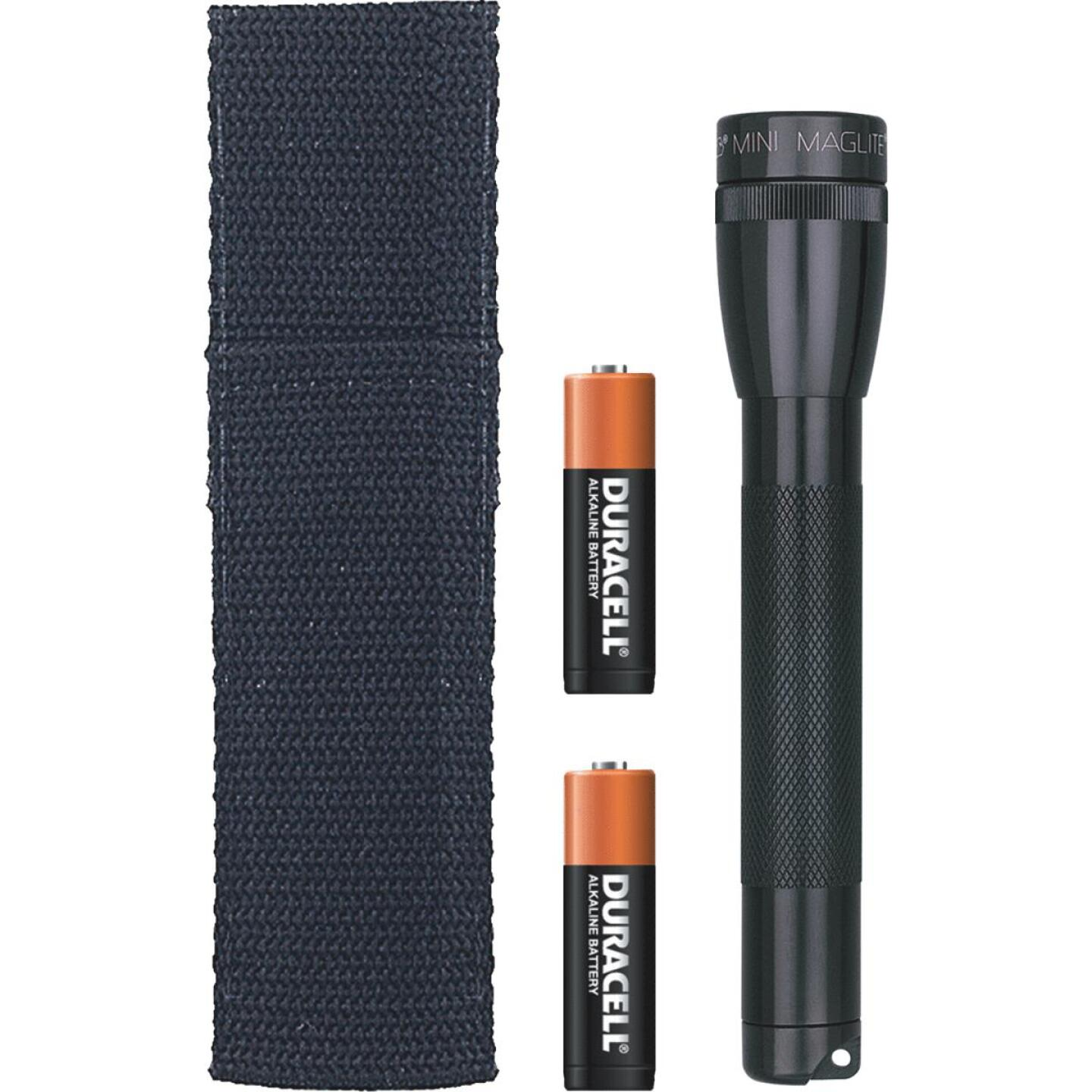Maglite 14 Lm. Xenon 2AA Flashlight, Black Image 1